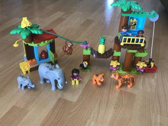 Lego-Baumhaus-aufgebaut.jpg