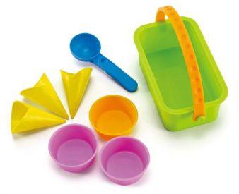 Hape-Eisdiele-Sandspielzeug.jpg