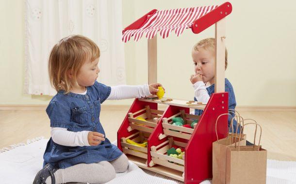 Howa: Spielkasse und Kaufläden