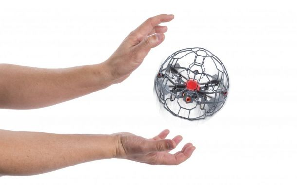 "Spin Master: ""Air Hogs Supernova"""