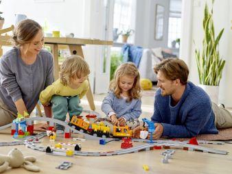 Lego-Duplo-Gueterzug.jpg