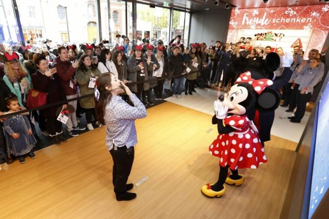 Eroeffnung-Disney-Store.jpg