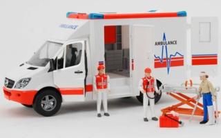 MB-Sprinter-Ambulanz-mit.jpg