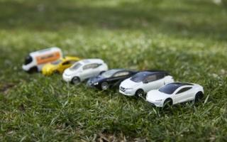 Mattel-Matchbox-Tesla.jpeg
