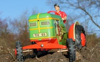 Spielzeugmuseum-Traktoren.jpg