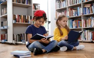 Kinder-lesen-Buecher.jpg