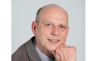 Carsten Groß breit