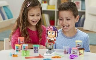 Hasbro-Play-Doh-Freddy-Friseur.jpg