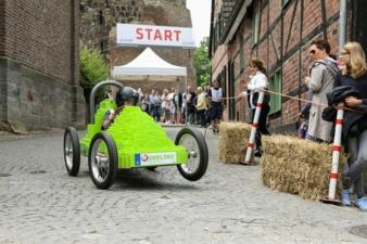 Seifenkistenrennen-Start.jpg