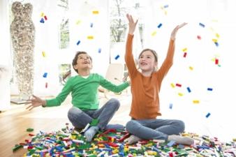 Lego-Spielen-macht-gluecklich.jpg