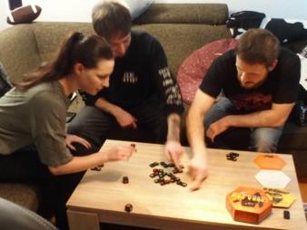 Game-FactoryCobra-Paw-Schnapp.jpg