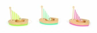 Legler-Holzsegelboote.jpg