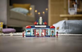 LEGO-Friends-Heartlake-City.jpeg