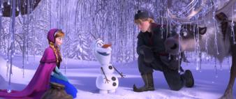 Disney_Frozen_Anna_Olaf_Kristoff_Sven