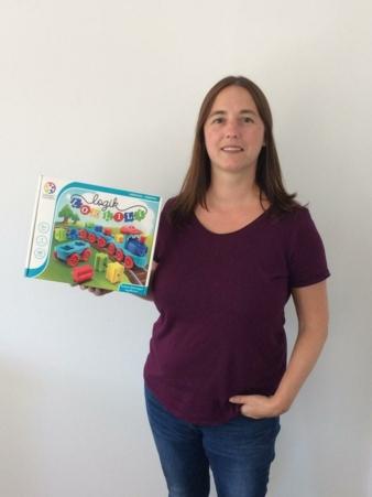 Smart-Toys--Games-Jennifer.jpg