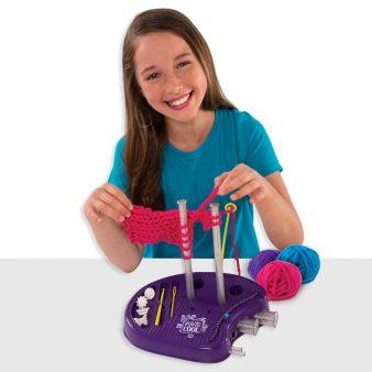 Spin Master_Knit's Cool Knitting Studio