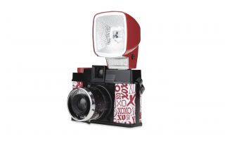 Diana F+ & Flash Love Letters b