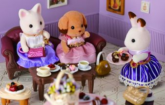 Epoch-Sylvanian-Teeparty.jpg