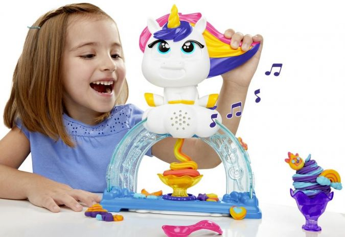 Hasbro-PlayDoh-Buntes-Einhorn.jpg